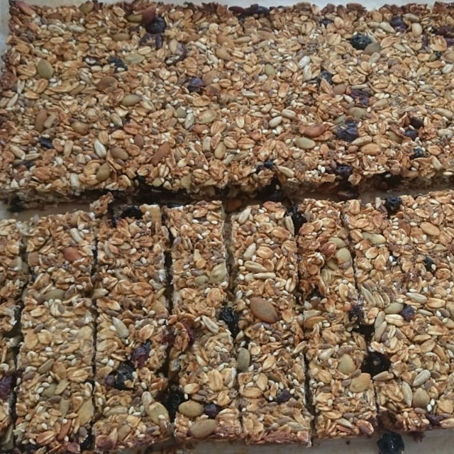 Homemade Granola Muesli Bars